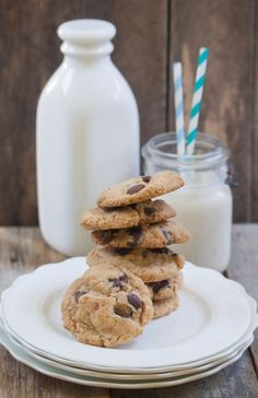 Peanut butter chocolate chip cookie by Allyson Kramer   #healthy #vegetarian #vegan #recipes Find more healthy recipes @ http://standouthealth.com