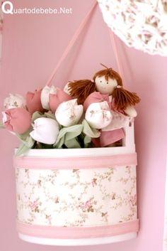 flores e bonecas