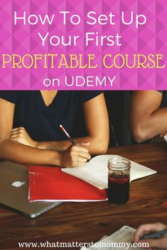 Learning is no longer limited to Universities and Colleges.  You can now go past the expensive technical or college courses through the internet.  You can learn practically anything online.  That is not all…  Are you an expert in a particular subject? You Make Money Blogging, Way To Make Money, Earn Money, Make Money Online, Work From Home Jobs, Money From Home, Branding, College Courses, Support Small Business