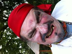 Einst irrte durch den Zauberwald, Pankraz der Pirat.  Voller Zorn bemerkt er bald... Carnival, Face, Painting, Magical Forest, Art Projects, Carnavals, Painting Art, Carnivals, Paintings