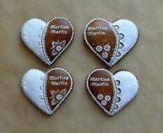 Creative Lettering, Painted Rocks, Cookies, Weddings, Crack Crackers, Biscuits, Wedding, Painted Pebbles, Cookie Recipes