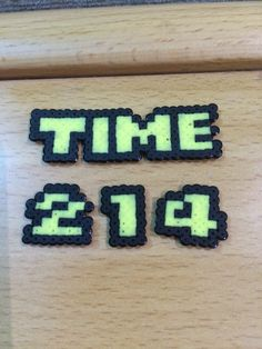 Time hud for Super Mario Screen Perler & Hama Beads Pony Bead Patterns, Pearler Bead Patterns, Perler Patterns, Beading Patterns, Hama Beads, Fuse Beads, Mario Bros, Super Mario, Pixel Art