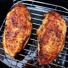 Perfect Air Fryer Chicken Breast - No Breading! Air Fryer Whole Chicken Low Carb With Jennifer. Air Fryer Fried Chicken, Air Fried Food, Fried Chicken Breast, Chicken Breasts, Breaded Chicken, Air Fry Chicken, Nuwave Chicken, Crispy Chicken, Roasted Chicken