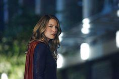 Supergirl, a série da CW, ganhou um trailer para o retorno da segunda temporada, que acontece em 23 de janeiro.