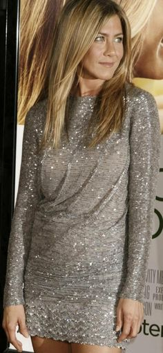Girls Rules, Jennifer Aniston, Sequin Skirt, Sequins, Entertainment, Queen, Heart, Awesome, Places