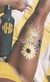 Bold Bodypainting Art Ideas to Try, Body Pain, Woman Body Pain, Body Pain. Painting & Drawing, Leg Painting, Yellow Painting, Body Art Paintings, Aesthetic Body, Summer Aesthetic, Aesthetic Art, Orange Aesthetic, Tatoo Art