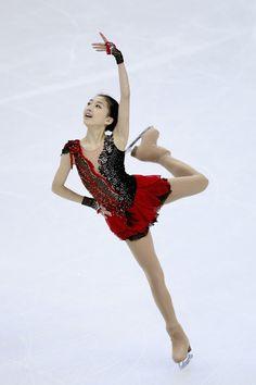 Zijun Li Photos - ISU World Figure Skating Championships 2014 - DAY 4 - Zimbio
