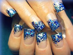 21 Non-Ugly Holiday Nail Designs You'll Actually Want to Copy The perfect Hanukkah-nail that also works perfectly with the cold winter season. Holiday Nail Designs, Holiday Nail Art, Best Nail Art Designs, Gel Nail Designs, Christmas Nail Art, Blue Christmas, Cowboy Nails, Fingernails Painted, Shellac Nails