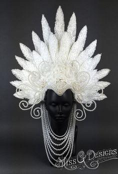 Pani G Designs - Faux piórko perłowy stroik. Zacząłem ten kawałek ...