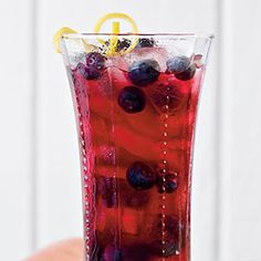 Lemon-Blueberry Sweet Tea | Refreshing Teas and Non-Alcoholic Drinks - Southern Living
