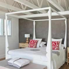 Four Poster Beds – Bedroom Furniture Ideas – Good Housekeeping – Hazir Site Contemporary House Plans, Contemporary Home Decor, Bedroom Furniture, Bedroom Decor, Furniture Ideas, Bedroom Ideas, Bedroom Beach, Master Bedroom, Four Poster Bed