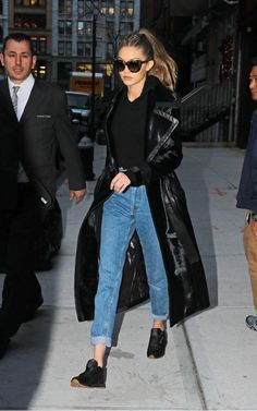 Marvelous Best Gigi Hadid Model Style Do to the large selection of types… Look Fashion, Fashion Models, Winter Fashion, Fashion Outfits, Womens Fashion, Fashion Styles, Gigi Hadid Looks, Gigi Hadid Style, Gigi Hadid Casual