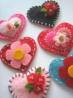 Felt hearts from Lil Hoot: Valentine's day idea? #crafty