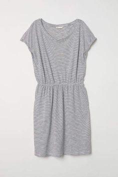 91f926eea9de H M Jersey Dress - White Cap Sleeves