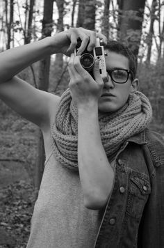 #forest #camera #glasses #hipster #vintage #retro #jeans #fashion #guy #cute