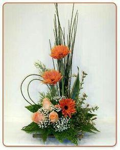 Selecting The Flower Arrangement For Church Weddings – Bridezilla Flowers Altar Flowers, Church Flower Arrangements, Church Flowers, Vase Arrangements, Beautiful Flower Arrangements, Funeral Flowers, Floral Centerpieces, Beautiful Flowers, Flowers Garden