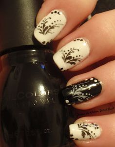 Classy with an inverted black accent nail. Dotting + Stamping with Bundle Monster plate BM04.