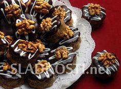 Ořechové dortíčky s čokoládou