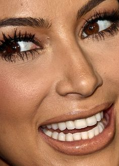 kim kardashian close-up