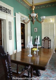 Tour The Beauregard Keyes House Garden New Orleans Louisiana New Orleans Homes House Home And Garden