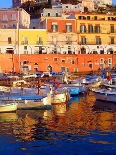 photographia Italy, Ponza Island - Google zoeken