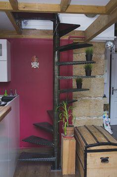 escalier colimacon-ox-idee-mobilier-industriel-acier-lyon-metallerie