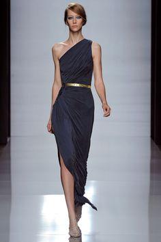 Фото длинных платьев на одно плечо