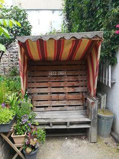 Gartenmöbel (gefunden in Dortmund, Dezentrale)