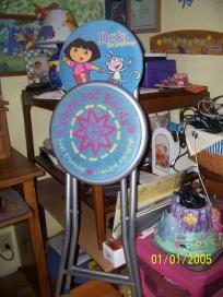 dora folding chair