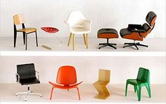 """MINIATURAS de cadeiras famosas. A coleção """"Miniature Designer Chair Collection"""" miniaturizou várias dessas cadeiras. São 4 coleções de mini cadeiras em escala 1:12.  As cadeiras vêm embaladas em """"blind boxes"""" (caixas lacradas/surpresa), mas também podem ser compradas como um set completo."""