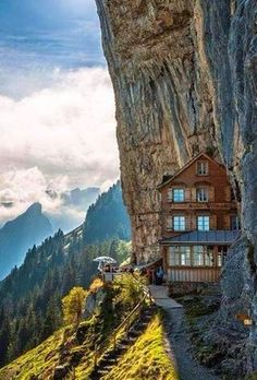 Holidays with a difference: 10 extraordinary hotels in Europe that .- Urlaub mal anders: 10 außergewöhnliche Hotels in Europa, die ihr unbedingt sehen müsst! Exceptional hotels in Europe: you have to know them! Places Around The World, The Places Youll Go, Travel Around The World, Places To See, Around The Worlds, Familienfreundliche Hotels, Best Hotels, Amazing Hotels, Hotel Europa