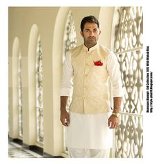 Indian men fashion, indian bridal fashion, wedding dress men, wedding m Indian Men Fashion, Indian Bridal Fashion, Mens Fashion Suits, Men's Fashion, Fashion Tips, Kurta Men, Mens Sherwani, Mens Ethnic Wear, Indian Groom Wear