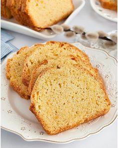 Piernik przekładany powidłami i mascarpone - I Love Bake Dessert Recipes, Desserts, Cornbread, Tiramisu, Oreo, Latte, Panna Cotta, Baking, Ethnic Recipes