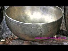 Triharmonicum Lumena Atherton - Antique Tibetan Singing Bowls