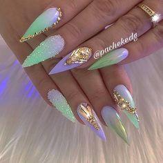 Für weitere Pins & Boards folgen Sie – Soins de la peau, des ongles et plus Best Acrylic Nails, Acrylic Nail Designs, Nail Art Designs, Nails Design, Unique Nail Designs, Crazy Nail Designs, Fabulous Nails, Gorgeous Nails, Pretty Nails