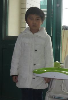 Everly does not live with us at Bethel China but we would love to help her find her family