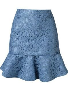 Shop Martha Medeiros ruffled hem & # marescot & # lace skirt by Destinatio … Lace Skirt Outfits, Dress Skirt, Mode Collage, Lace Maxi, Lace Tops, Blue Lace, White Lace, Short Skirts, Black Skirts