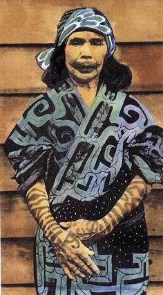 Ainu woman face and hand tattoos Woman Smile, Woman Face, Ainu People, Facial Tattoos, Hand Tattoos, Geisha, Japanese Costume, Tribal People, Japanese Textiles