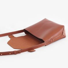 Sebastia leather bag - Handcrafted leather goods