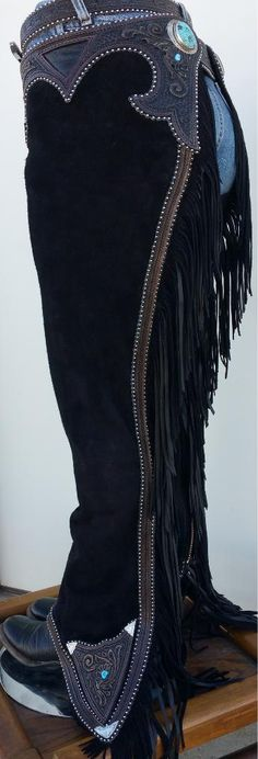 Beautiful chaps by Denice Langley Custom Leather. These are a perfect addition to a horse show outfit!