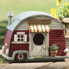 Trailer Birdhouse from Through the Country Door®