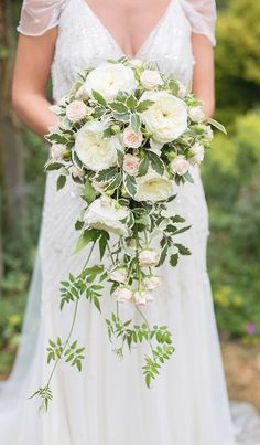 Bridal bouquet - we love those exact green creeping plants. however we dont like those flowers. Cascading Wedding Bouquets, Bride Bouquets, Bridal Flowers, Floral Bouquets, Floral Wedding, Wedding Day, Wedding Peach, Cascading Flowers, Long Flowers