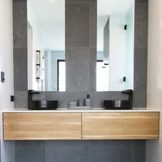 Bathroom Interior Design Trends 2019 Bathroom Interior Design Trends Spa and hotel-inspired bathrooms are considered as a design trend for this year. Although the bathroom trends are changing… Pirate Bathroom Decor, Bathroom Rules, Bathroom Trends, Small Bathroom, Bathroom Interior Design, Kitchen Interior, Timber Vanity, Wooden Vanity, Timber Walls