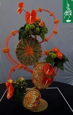 Tropical Floral Arrangements, Christmas Floral Arrangements, Church Flower Arrangements, Arte Floral, Flower Show, Ikebana, Plant Decor, Flower Decorations, Flower Designs