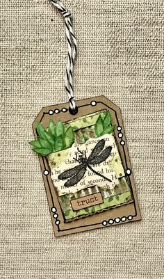 Atc Cards, Card Tags, Art Trading Cards, Handmade Gift Tags, Decoupage, Instagram Frame, Look Vintage, Paper Tags, Scrapbook Embellishments