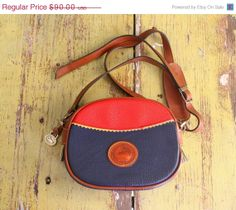 Vintage Dooney and Bourke Cross Body Bag/Purse =====>$68.00