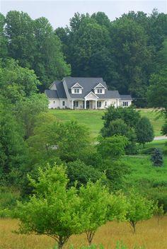 Bed & Breakfast on Tiffany Hill - Mills River, North Carolina