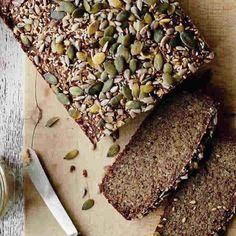 Pain au quinoa au thermomix un délicieux pain aux graines pour votre petit déjeuner ou goûter, vous y trouvez ici la recette la plus facile pour le préparer chez vous avec votre thermomix. une recette facile et pour toute la famille, testez-la.