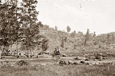 The western slope of Little Round Top as viewed from the Plum Rum Valley in Courtesy of the US Library of Congress Gettysburg, Pennsylvania. Confederate States Of America, America Civil War, Civil War Books, Gettysburg Battlefield, Civil War Photos, Thats The Way, Interesting History, World History, Military History