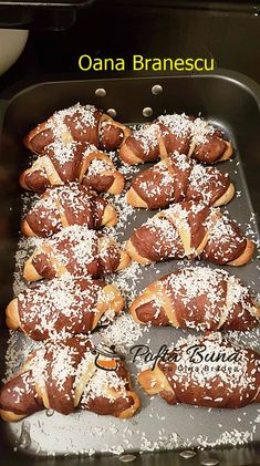Romanian Recipes, Romanian Food, Jacque Pepin, Sweet Pastries, Arabic Food, Croissant, Gem, French Toast, Cape